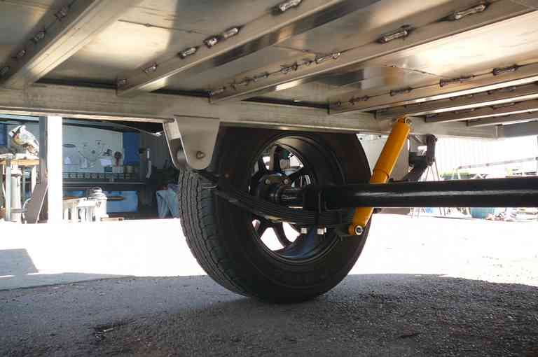 Repairing cracked chassis and replacing suspension view 2